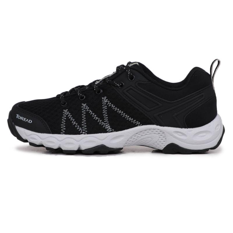 探路者 TOREAD 女子 户外营地鞋轻便透气网面旅行休闲鞋 KFAH82017-G01G