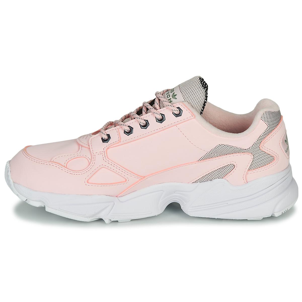 阿迪达斯三叶草 adidas 女鞋 耐磨运动鞋时尚潮流休闲鞋 FV4660