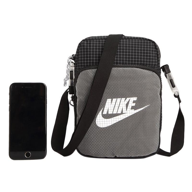 耐克NIKE 男女 2021春季新款斜挎包运动包背包单肩包 CV1408-010
